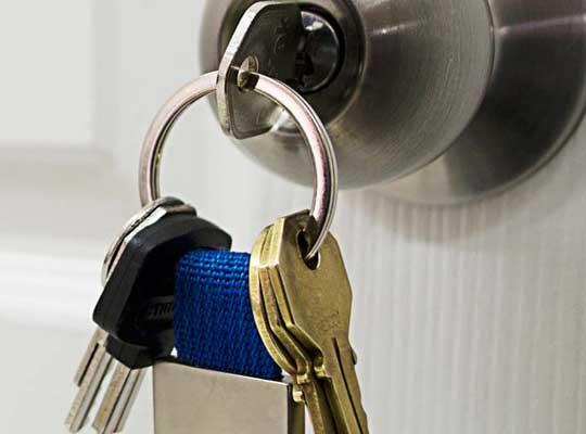 ¿Qué debe hacer cuando no encuentra las llaves de la casa?