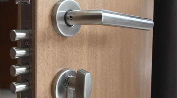 3 Opciones iniciales que se deben considerar para sustituir cerraduras de puertas principales