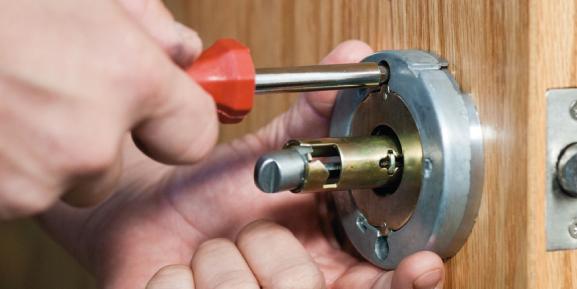 ¿Cuáles herramientas debes adquirir para iniciar tu negocio de cerrajería?